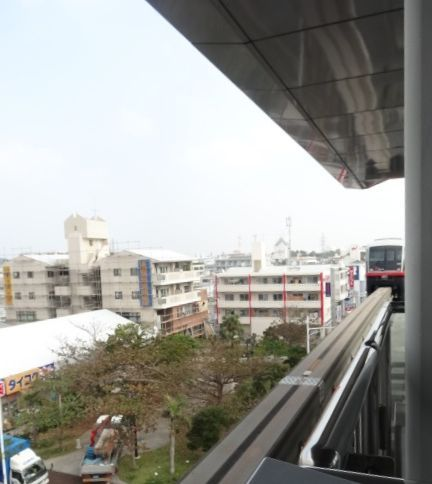 なゆいレール2.jpg