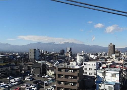 初山形新幹線2.jpg
