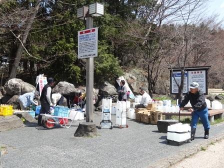 尚仁沢湧水6.jpg