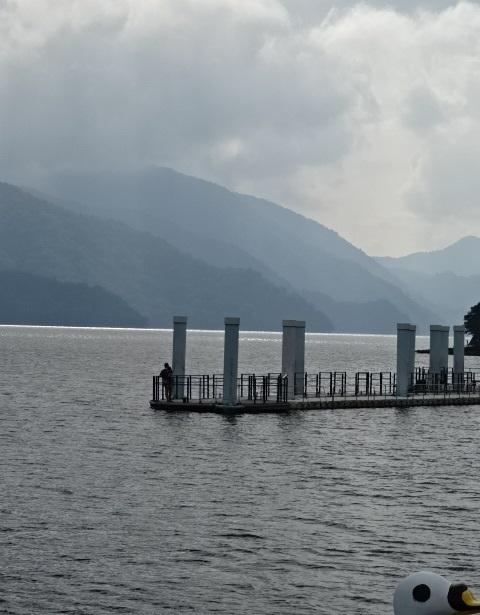 湖7.jpg