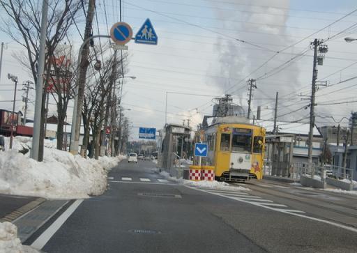 高岡・電車.jpg