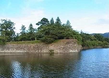 「鶴ヶ城.jpg