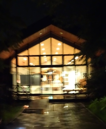 トレーラーハウス6.jpg