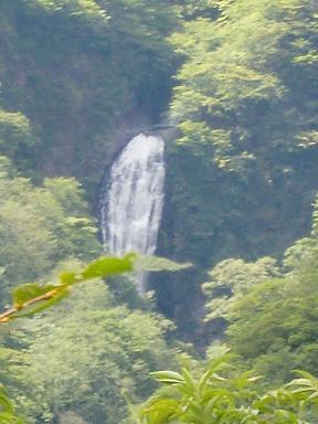 蔵王・滝2.jpg
